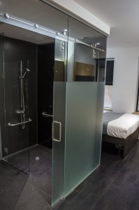 On The Level modular wet floor Z Hotels compact chic - web